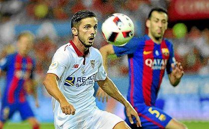 Sarabia, en el partido de ida de la Supercopa de España ante el Barça.