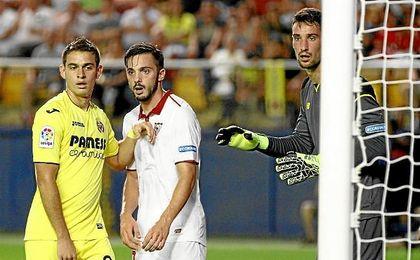 Sergio Rico, en un lance del partido.