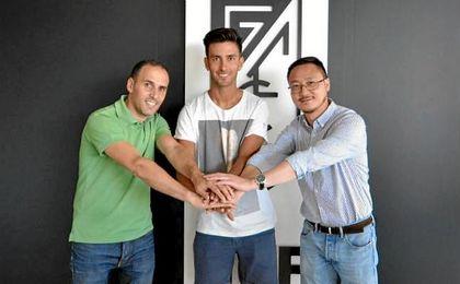 Alberto Bueno vuelve a España para jugar como cedido en el Granada