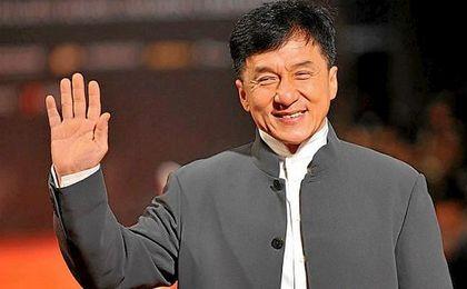 """La Academia destacó que el actor hongkonés Jackie Chan ha desarrollado una """"inconfundible"""" carrera internacional."""