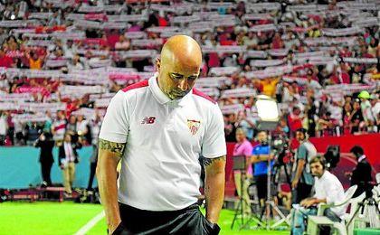 Jorge sampaoli se enfrenta a un mes tan duro como importante al frente del equipo nervionense.