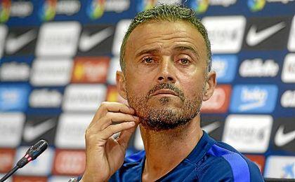Luis Enrique, entrenador del Barcelona, en sala de prensa.