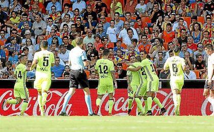 Rub�n Castro celebra el 0-1 en Mestalla.