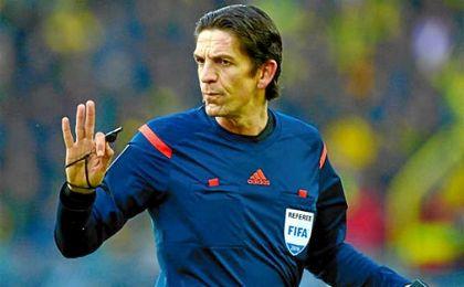 Deniz Aytekin, arbitro del Sevilla - Juventus.