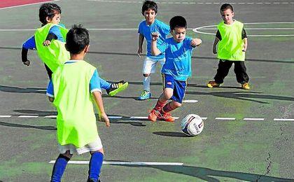 Los más pequeños disfrutan cada temporada con la oferta programada desde el Ayuntamiento de Sevilla.