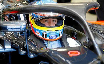 Fernando Alonso en su monoplaza.