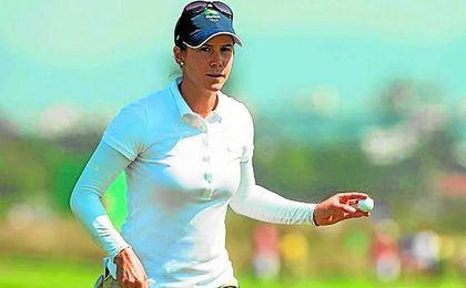 En la imagen, la golfista sampedre�a Azahara Mu�oz.