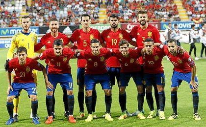 Equipo de España ante Liechtenstein.