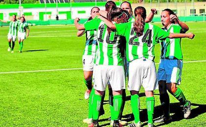 El Betis Femenino comenz� ganando pero el Athletic se llev� el partido en el descuento.