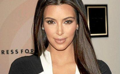 Kim Kardashian fue asaltada la pasada madrugada a punta de pistola.