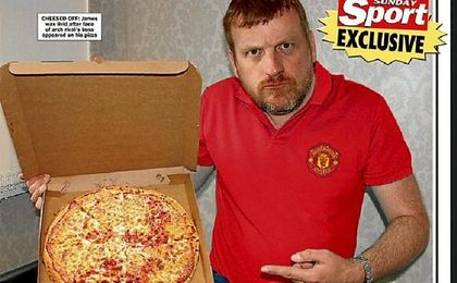 Portada del Sunday Sports con James Haggerty y la pizza de la discordia.