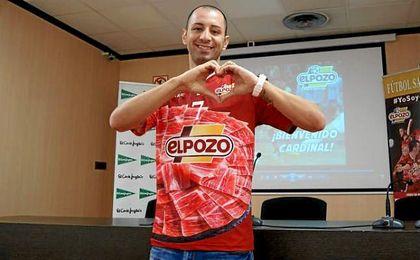 Cardinal, de 31 años, llega a ElPozo tras tres campañas en el Inter madrileño.