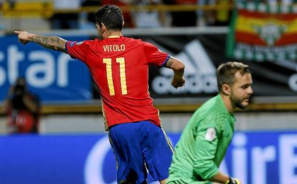 Vitolo celebra su gol ante Liechtenstein