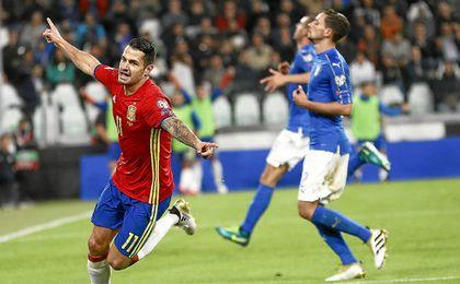 Vitolo, celebrando su gol frente a Italia.