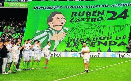 Rubén Castro, distinguido por los béticos.