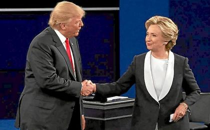 Clinton y Trump han protagonizado un tenso debate.