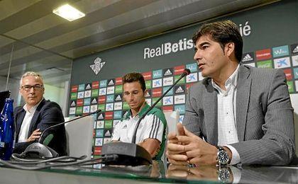 Haro, durante la rueda de prensa junto a Rubén y Torrecilla.