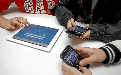 El 41% de los ni�os de once a�os ya cuenta con un tel�fono m�vil.