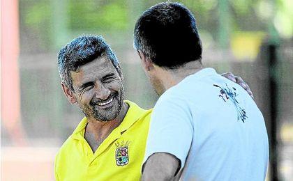 Juan Carlos Menudo, entrenador del San Juan, recibe mañana al UP Viso en el Primero de Mayo.