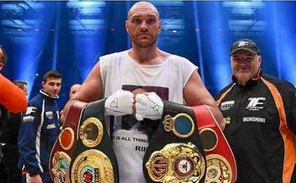 El boxeador Tyson Fury se retira de la competici�n para tratar sus adicciones.