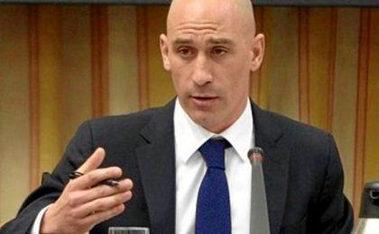 """Luis Rubiales, presidente de la AFE: """"Sería muy positivo porque permitiría a los futbolistas ampliar un poco sus descanso""""."""