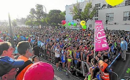 En la imagen, momento de la salida de la carrera popular de Miraflores.