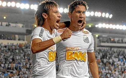 Neymar y Ganso, durante su etapa en el Santos.