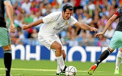 El portugés durante un partido de Leyendas en el Bernabéu