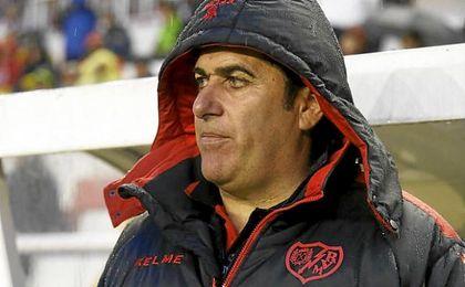 La destitución de Sandoval pone fin a la segunda etapa del técnico madrileño en el Rayo Vallecano.