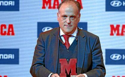 El dirigente quiere reconducir su relación con los barcelonistas