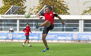 El argentino Dubarbier estará un mes de baja por una lesión de rodilla