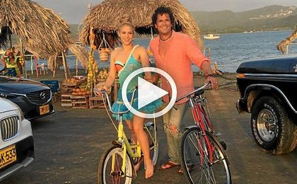 Carlos Vives y Shakira triunfan en los Grammy Latinos con ´La bicicleta´