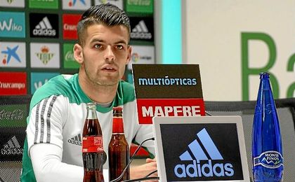 Álex Martínez, durante la rueda de prensa.