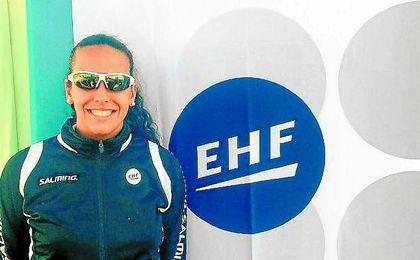 La sevillana Patricia del Valle, nueva árbitro internacional EHF.