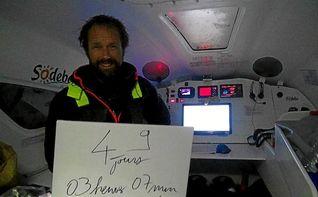 Thomas Coville destroza el récord mundial de vuelta al mundo en solitario