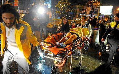 Atentado en Estambul: La mayoría de las 39 víctimas eran extranjeras