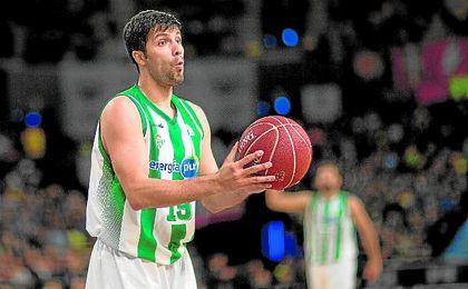 Stojanovski es uno de los referentes en anotación del Real Betis, con un promedio de 11,6 puntos por partido.