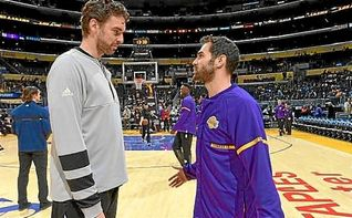 Pau Gasol vence a los Lakers de Calderón