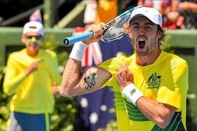 Australia domina 2-0 a República Checa
