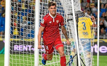 Correa celebra con rabia su gol ante Las Palmas, saltó al campo tres minutos antes.