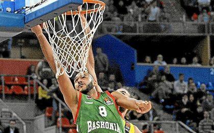 El hungaro nombrado como MVP de la Liga Endesa.