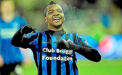 Izquierdo celebra un gol con el Brujas belga.