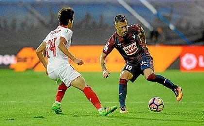 Antonio Luna, en el partido ante el Sevilla de la primera vuelta.