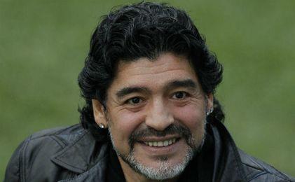 La Policía acude al hotel de Maradona tras una fuerte discusión con su pareja
