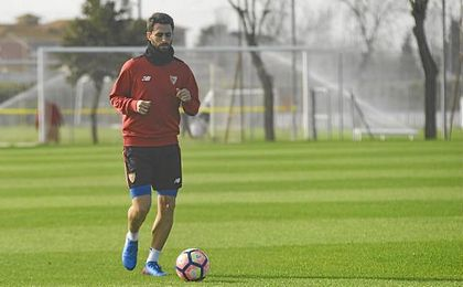 Nico Pareja, única ausencia en el entrenamiento del Sevilla