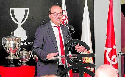José Castro, durante el acto de los Fieles de Nervión en el Ramón Sánchez-Pizjuán.