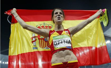 La RFEA selecciona a 34 atletas para competir en los Europeos en Pista Cubierta