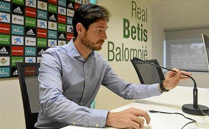 Víctor, durante una rueda de prensa.