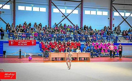 Lebrija vibra con la gimnasia rítmica