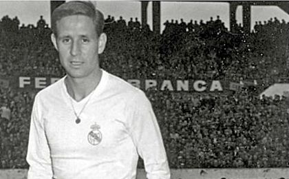 Muere Kopa, leyenda del fútbol francés y del Real Madrid